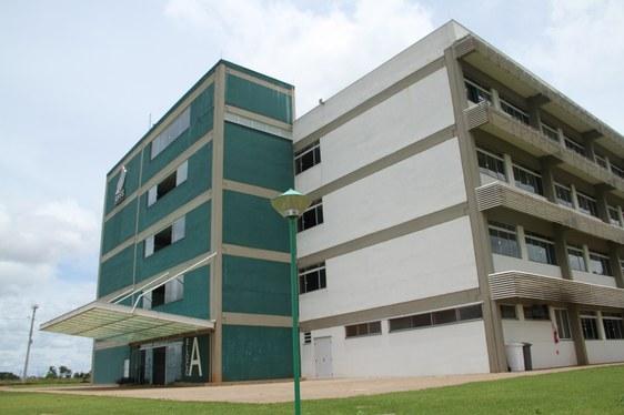 Foto do Bloco A do Campus Cerro Largo