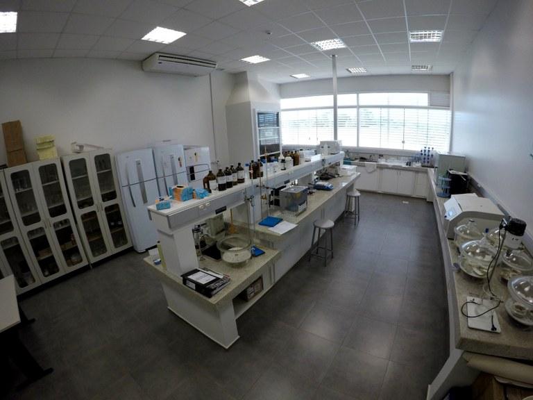 Lab 106 - Bloco 03
