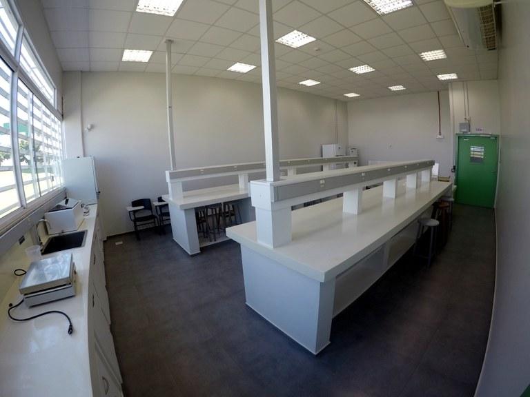 Sala 102 - Lab. 01