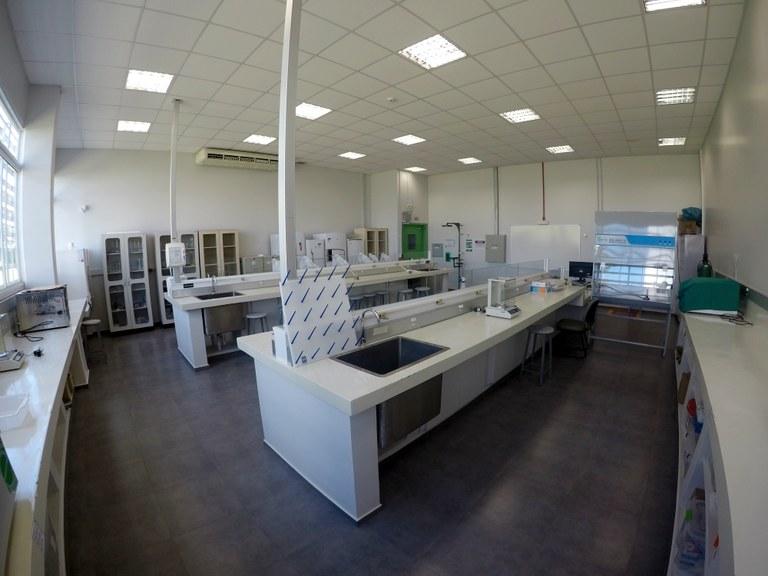 Sala 103 - Lab. 01