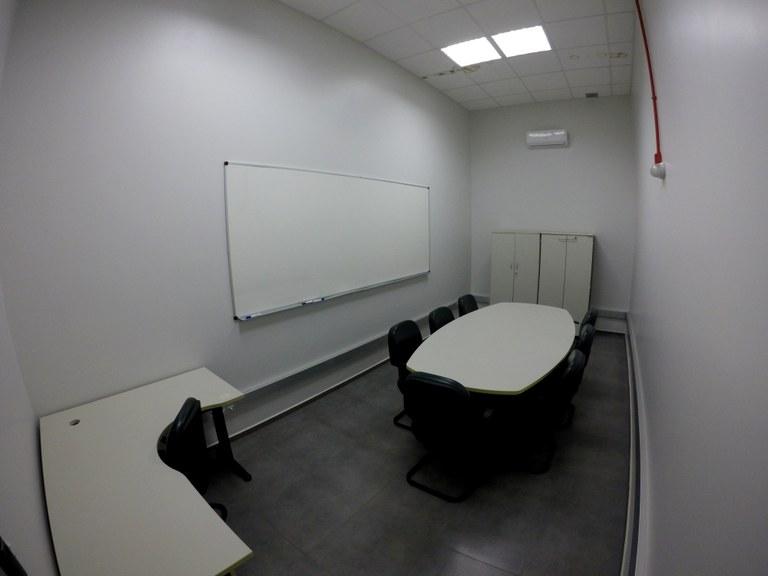 Sala 104-2 - Lab. 02