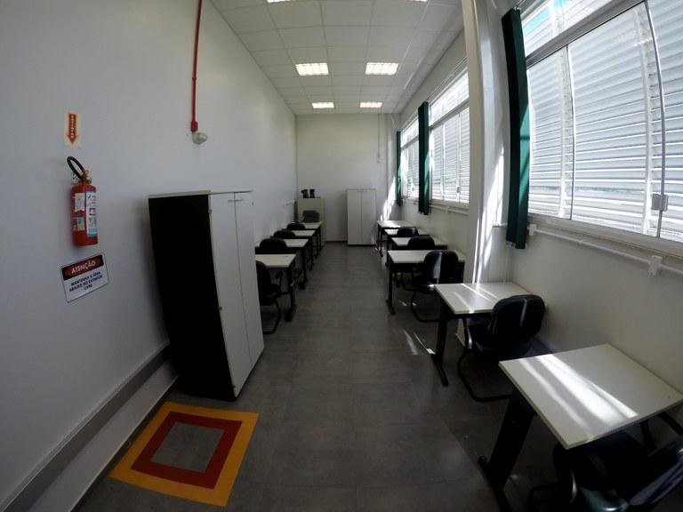 Sala 104-4 - Lab. 02