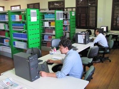 02-03-2012 - Biblioteca.jpg