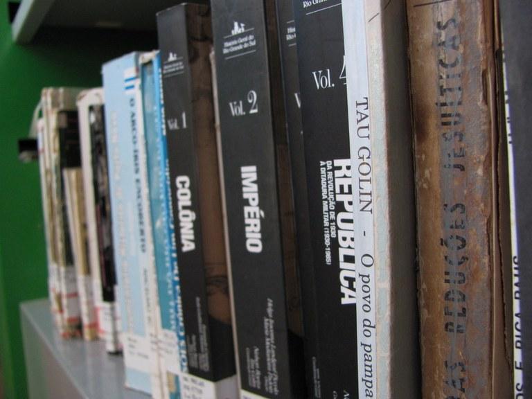 08-11-2013 - Livros.jpg