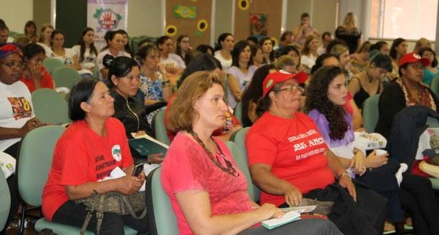 09-12-2015 - Feminismo.jpg