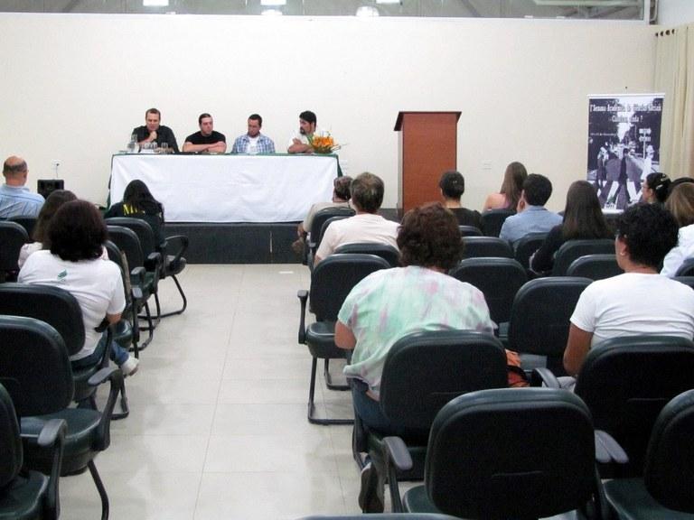 20-11-2012 - Debate.jpg