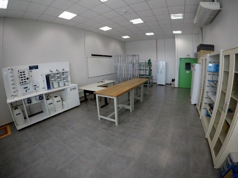Lab. 104 - Bloco 03