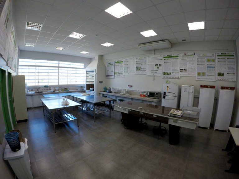 Lab. 104 - Bloco 04