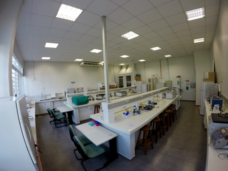 Lab 105 - Bloco 01