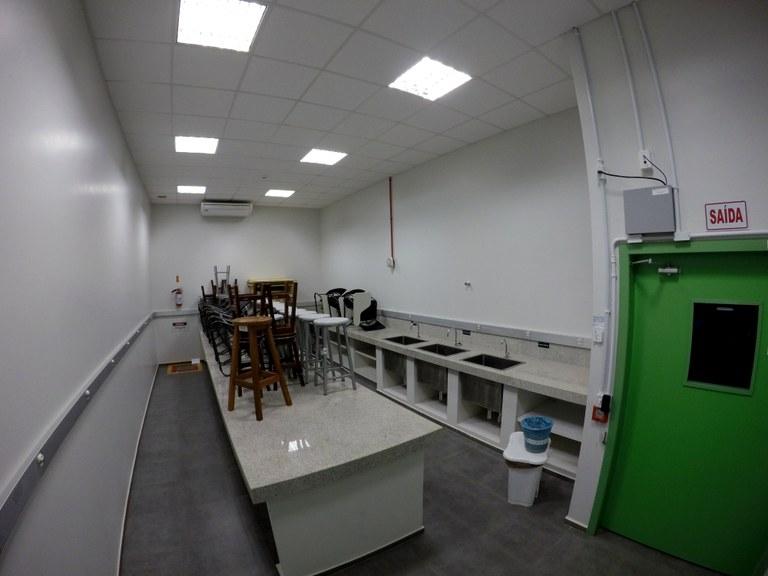 Lab. 110 - Bloco 04 (2)