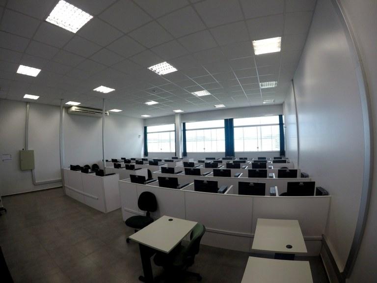 Sala 102 - Lab. 02