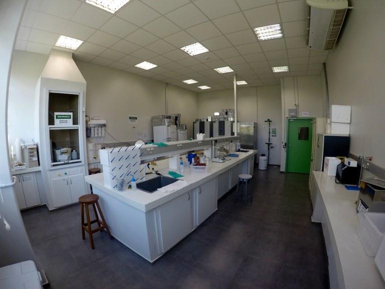 Sala 104 - Lab. 01