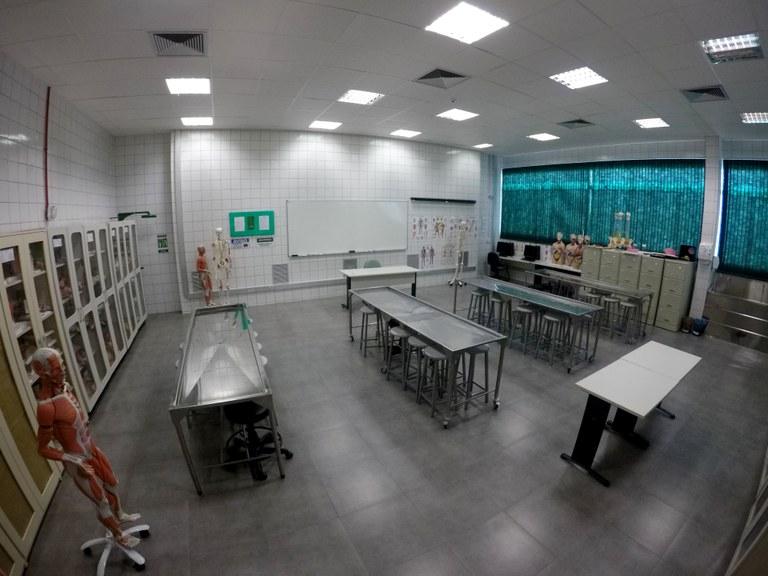 Salas 112 e 113 - Lab. 01