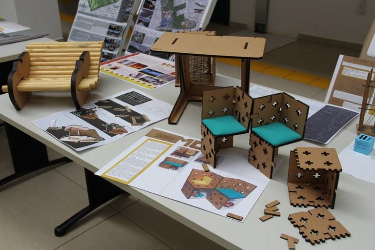 10042017 Exposição Arquitetura e Urbanismo-Dolisete Levandoski (13).JPG