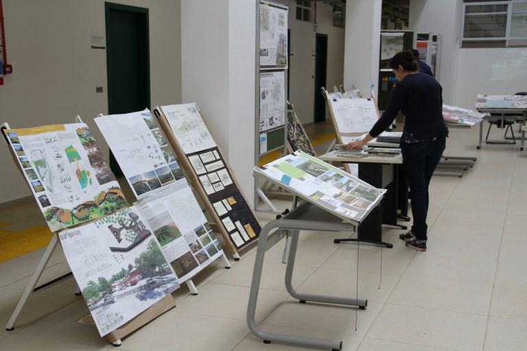 10042017 Exposição Arquitetura e Urbanismo-Dolisete Levandoski (22)-1.JPG