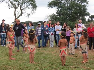 13-05-2013 - Indígenas.jpg