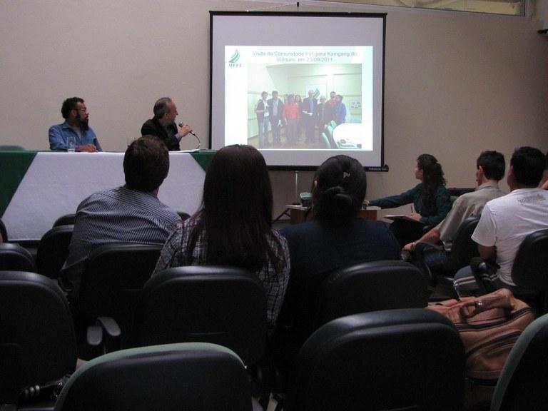 14-12-2012 - Indígenas2.jpg