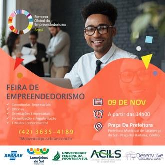 No Cartaz um homem está sorrindo, ao lado da figura as informações sobre programação, local e horário da Feira do Empreendedorismo.