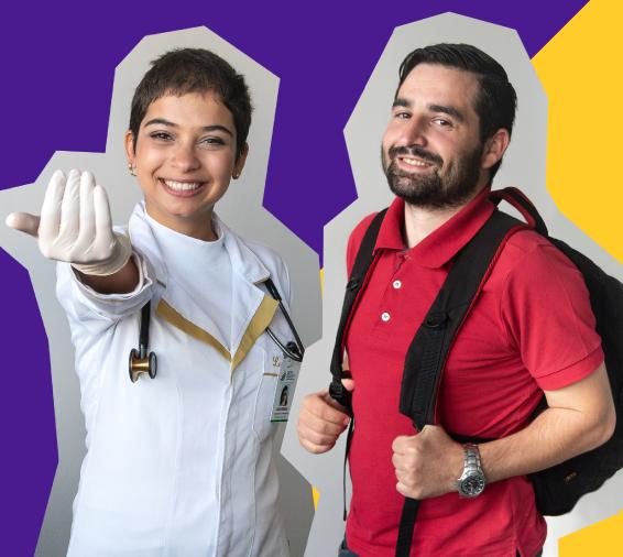 Dois alunos da UFFS posam para uma foto. À esquerda, uma aluna com jaleco de médico, faz um gesto convidando. O aluno, à direita, segura a mochila que está em suas costas